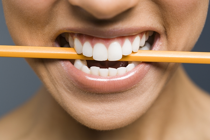 how-stress-affects-your-teeth